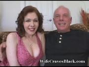 Namówił żone na seks z murzynem