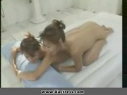 Japoński lesbijski masaż