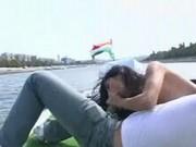 Analna brunetka - sex na łodzi 2